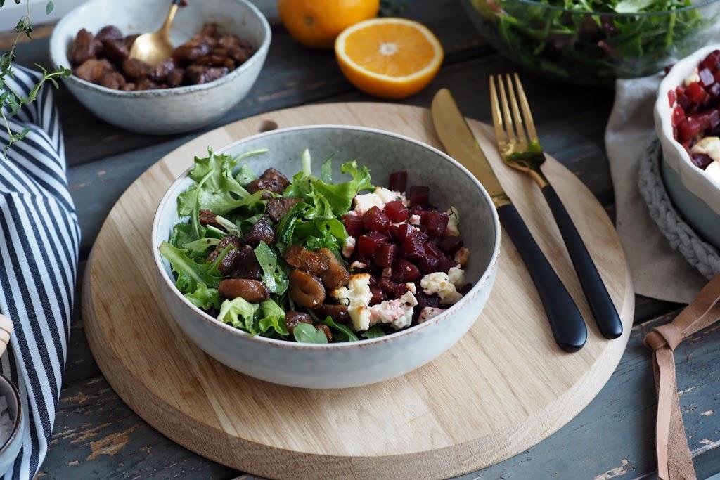 Wildkräutersalat mit Rote Bete & Maronen - dazu gibt es das allererste Foodvideo auf scones & berries