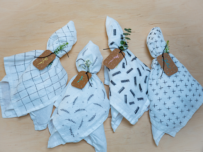 DIY - Selbstgestaltete Servietten als Gastgeschenk