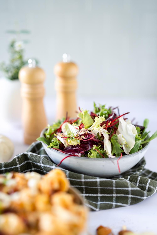 Pasta Pesto Rosso mit Salat